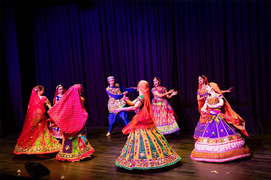 Indijski ples Bollywood